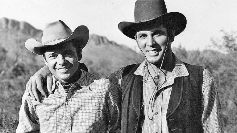 فیلم The Arizona Raiders