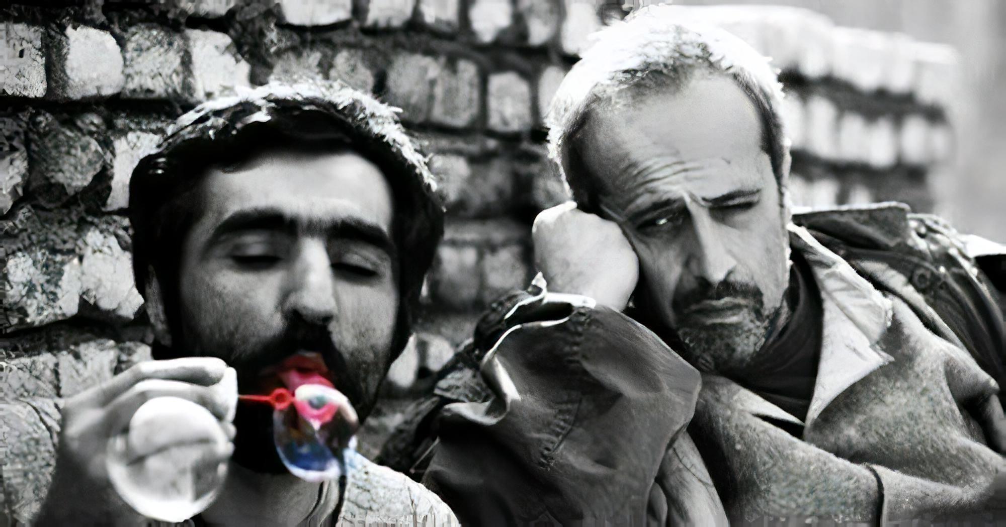 حمید نعمتالله و هادی مقدمدوست در پشت صحنهی وضعیت سفید